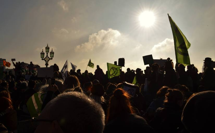 Thousands descend on London for biggest UK climate protest